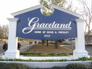 Graceland natpis