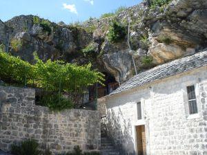 Oltar u stijeni