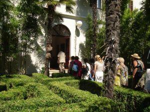 Ulazak u samostan na Visovcu