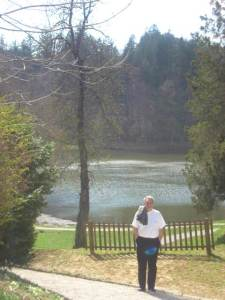 jezero iza dvorca