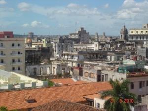 Zaleđe starog dijela grada je još u ruševinama revolucije