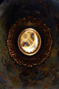 Kupola - pogled iz Bazilike