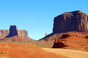 Monument Valley-Road